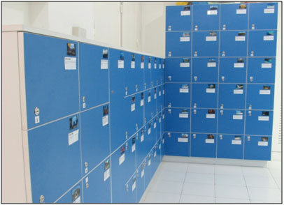 LOCKER AREA